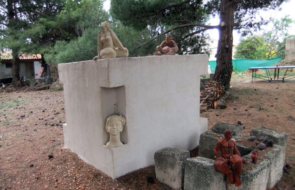 Galeries de jos photos 2012 location olivier dscf2576 for Combattre les moustiques dans le jardin